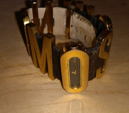 Moschino винтажные часы оригинал