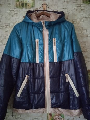 Продам осению курточку