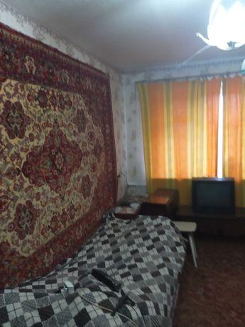 Продам 1 ком. квартиру п. Тепличный