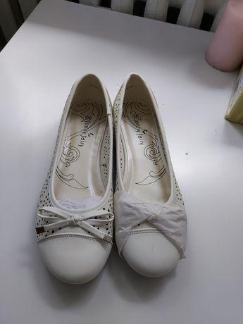 Białe baleriny