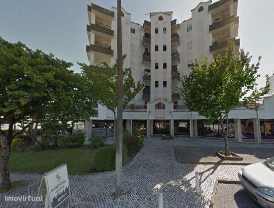 Apartamento T3 na Rua Luís de Camões em Cantanhede