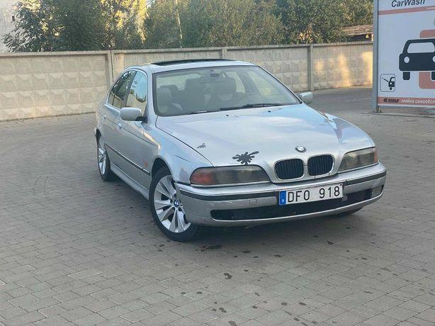 BMW 523i Продам авто