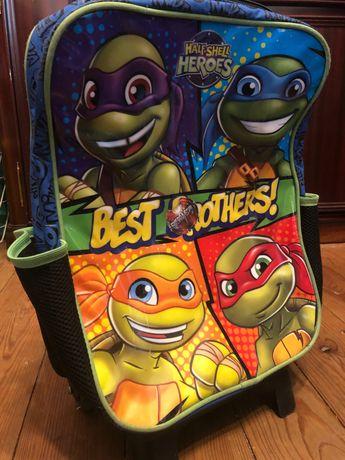 Mochila escolar com rodízios - Tartarugas Ninja