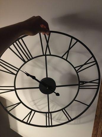 Piekny duzy zegar
