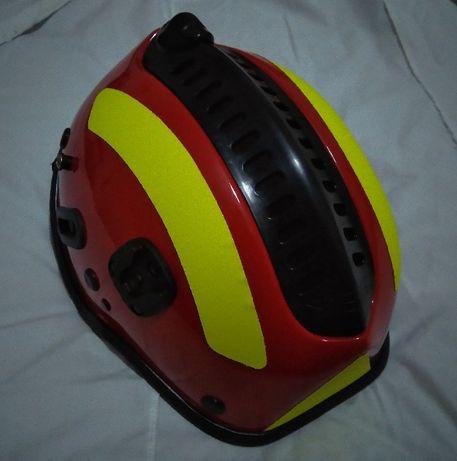 Capacete para incêndios florestais ou outros fins, Bombeiro