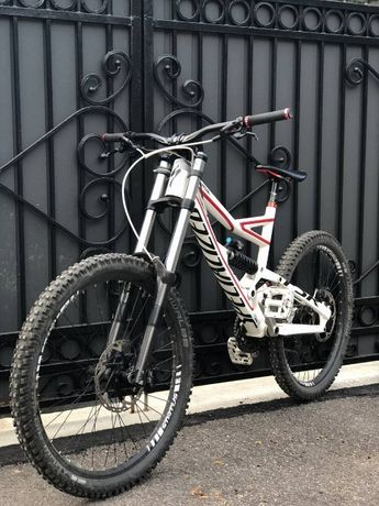 Велосипед Downhill,freeride,DH,enduro,SPECIALIZED STATUS 2 2012 L