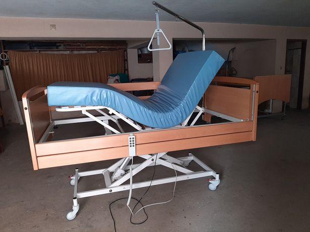 Cama articulada elétrica e elevatória hospitalar Invacare