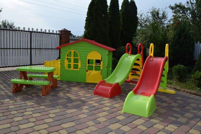 Садовий домик детский с плотиком Mochtoys 10498 + Горка 10832 Польша