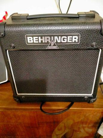 Гитарный комбик BEHRINGER AC108