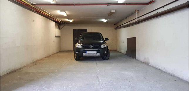 Do wynajęcia garaż/magazyn 100m2, w centrum Będzina