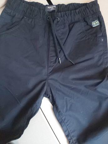 Spodnie chłopięce joggery Reserved