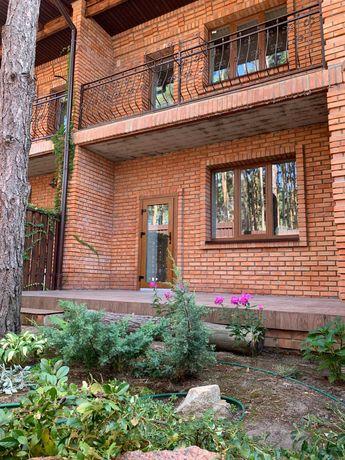 Таун Хаус с видом на лес и парк