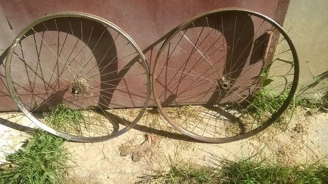 Колеса до велосипеда.