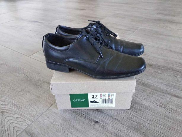 Pantofle chłopięce czarne roz. 37