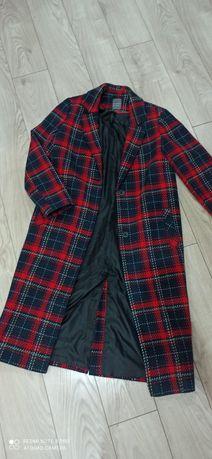 Długi płaszcz w kratę roz 38