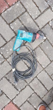 Wkrętarka Makita  6822 ze sprzęgłem głębokościowym, używana