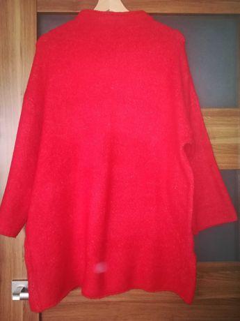 Czerwony sweter oversize Reserved M