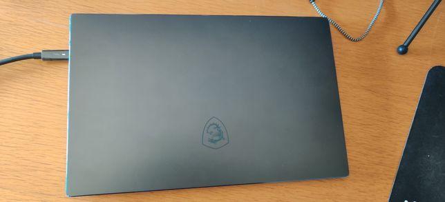 Portátil MSI 15 (Intel Core i7) 2020