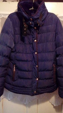 Зимова куртка в хорошому стані