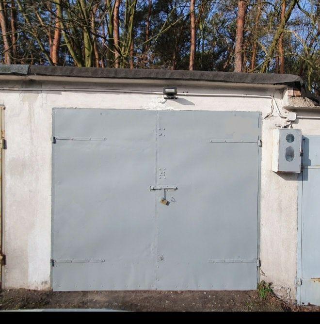 Garaż Tomaszów Mazowiecki - image 1