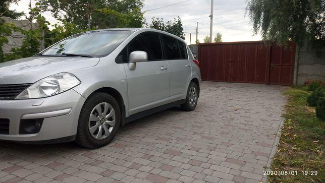 Продам Nissan Tiida