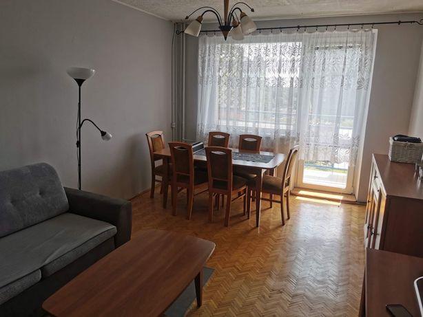 Duzy pokój do wynajęcia | 18 m2, internet, umeblowany
