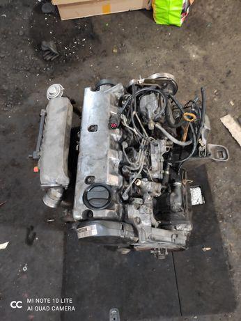 Двигун Мотор Двигатель AEL 2.5 тді ТНВД турбіна ГБЦ ауди ауді А6 С4