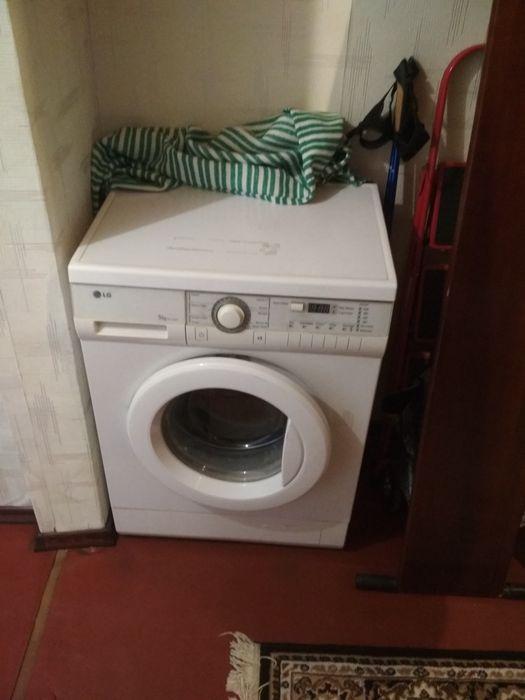 Продам стиральную машинку LG WD-10230N Киев - изображение 1
