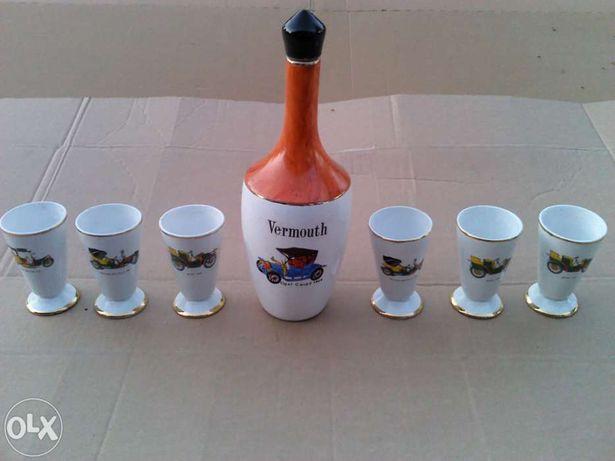 Garrafa + 6 copos em porcelana - Marca Louçarte