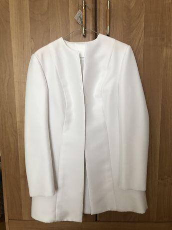 Płaszcz Płaszczyk Ślubny Okazjonalny Biały Elegancki, podszyty polarem