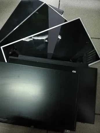 Matryce do laptopów mix-uszkodzone, zbite, 100szt.