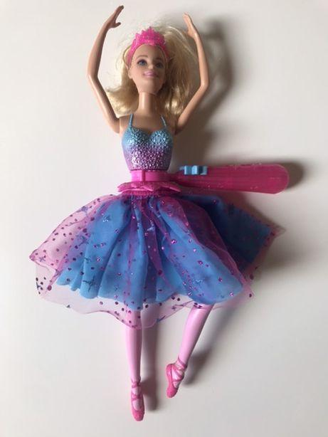 Oryginalna Barbie Mattel wirująca baletnica