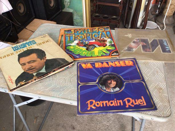 12 discos vinil LP com boa musica estrangeira  como novos