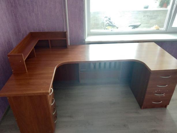 Продам стол , Большой