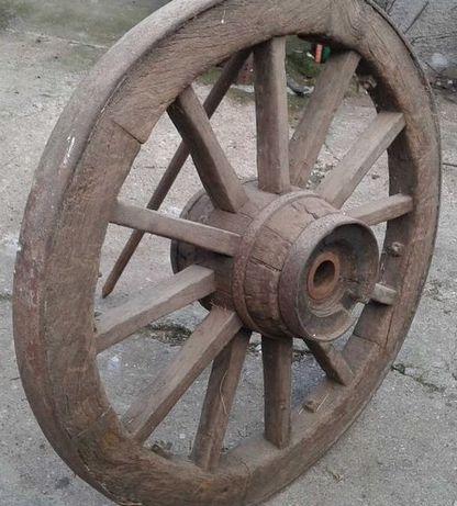 Vendo rodas de carro de bois