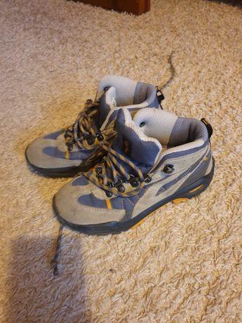 Buty chłopięce na jesień