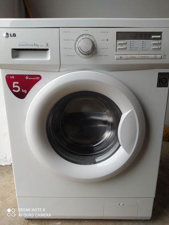 Продам стиральную машину LG прямой привод