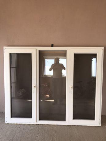 Вікно. 182х147