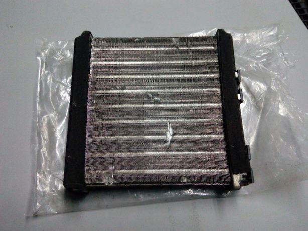 радиатор печки на nissan sunni n 14