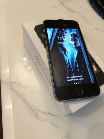 Iphone 5s space gray 16gb  A1457
