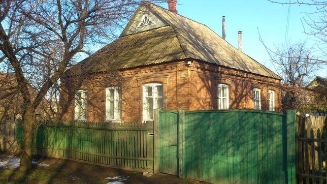 Продам дом в Константиновке в хорошем состоянии.Цена 5000 тыс.дол