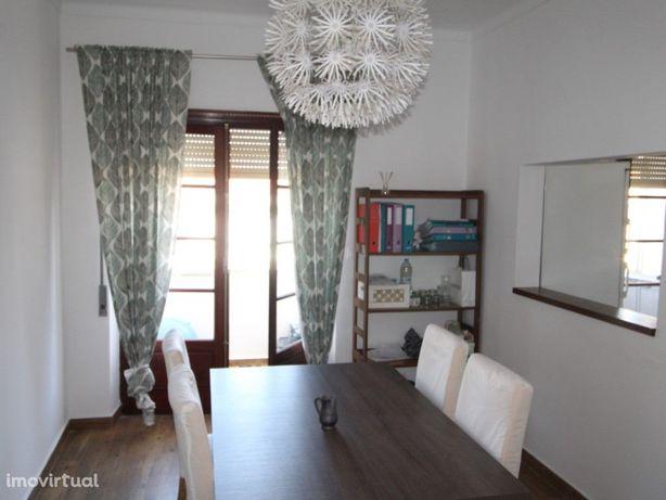 Apartamento T2+1 em Beja.