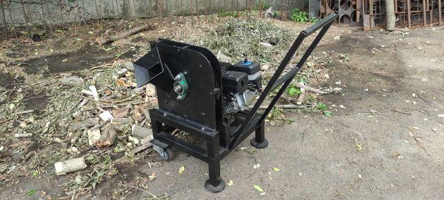 Щіпоріз подрібнювач садовий щепорез измельчитель садовый бенз двигун