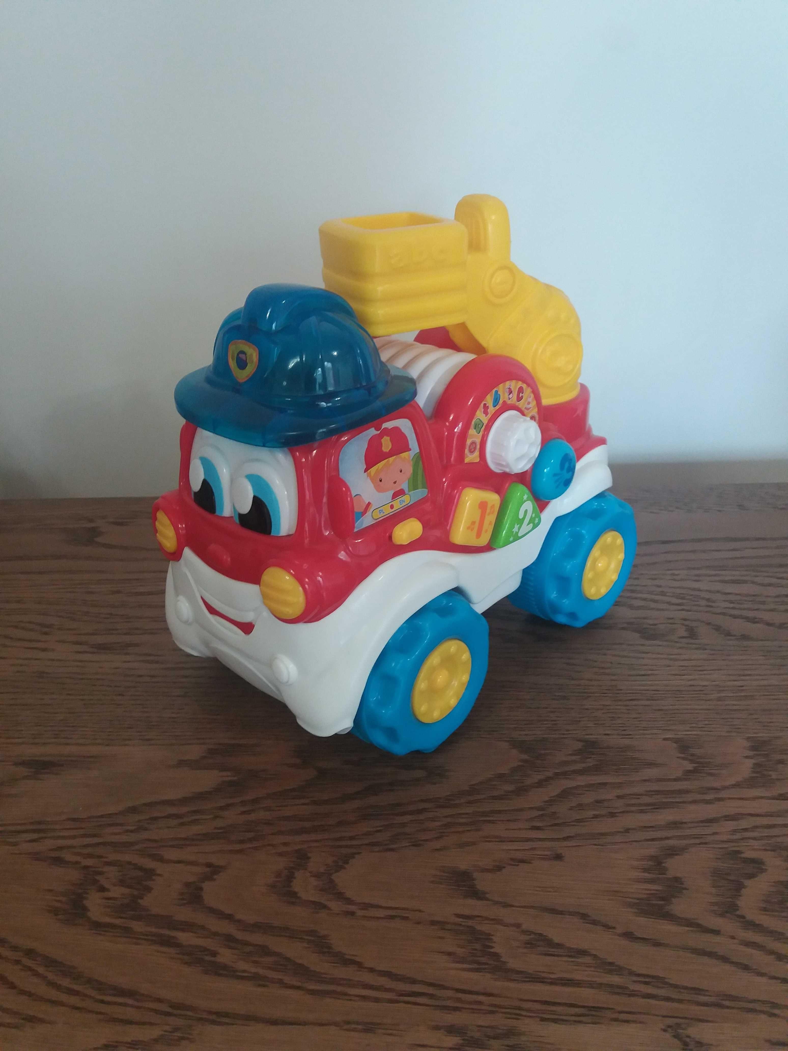Clementoni wóz strażacki