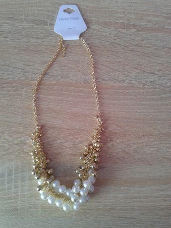 Nowy naszyjnik z perłami - cena z wysyłką