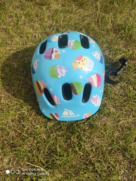 Używany kask rowerowy dla dziewczynki firmy Meteor