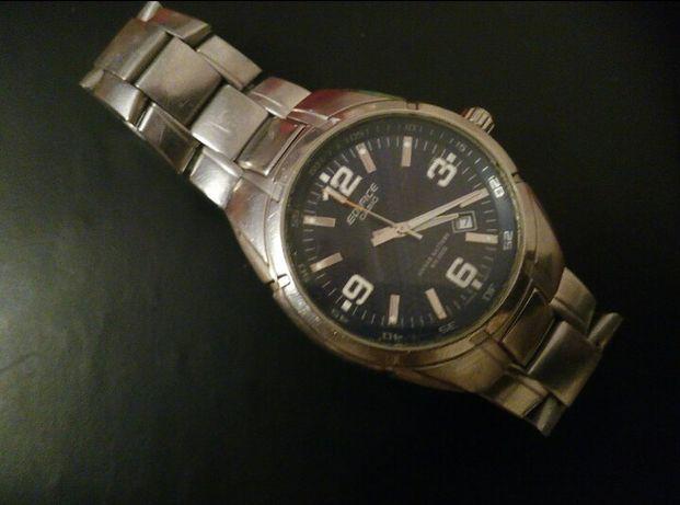 Продаю часы б/у  Casio мужские
