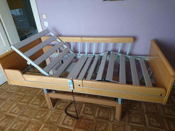 Łóżko rehabilitacyjne sterowane pilotem montaż
