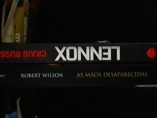 Lennox Craig Russell_Robert Wilson As Maos Desaparecidas
