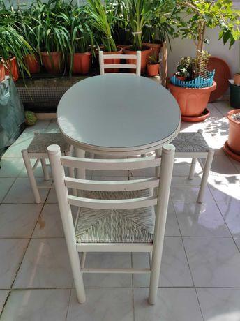 Mesa de Rustica e cadeiras